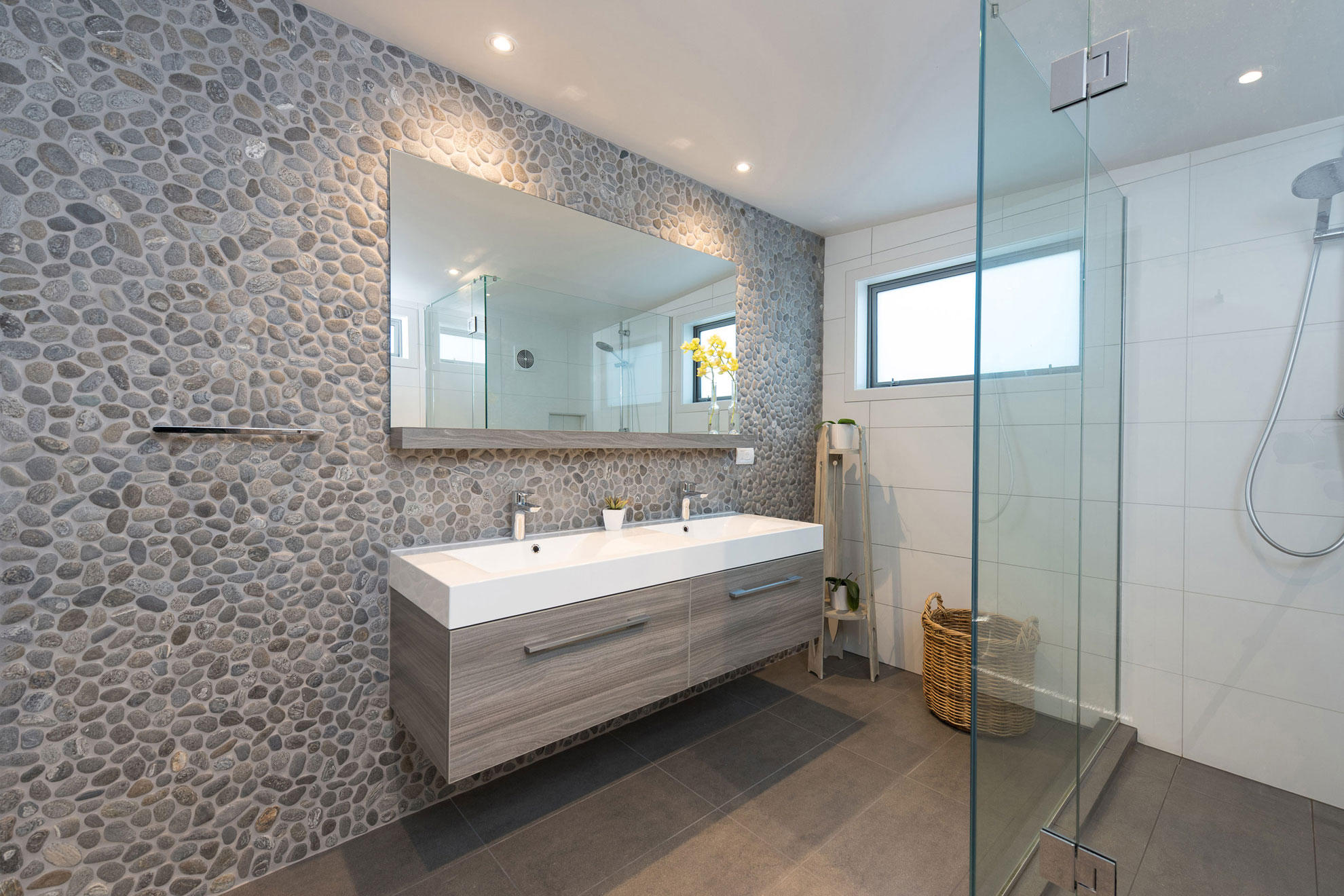 PERFECT PEBBLE  POPPY SEED BLEND  Natural stone mosaics