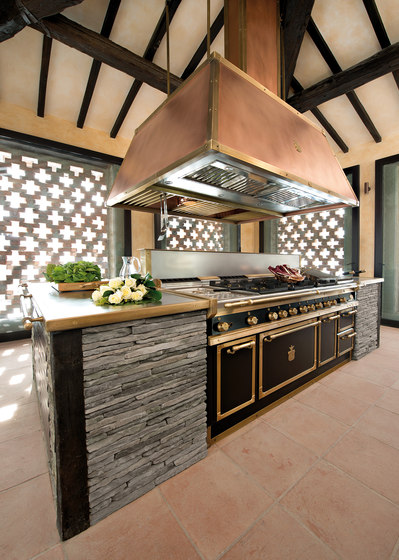 Davanzati Palace kitchen by Officine Gullo  Product