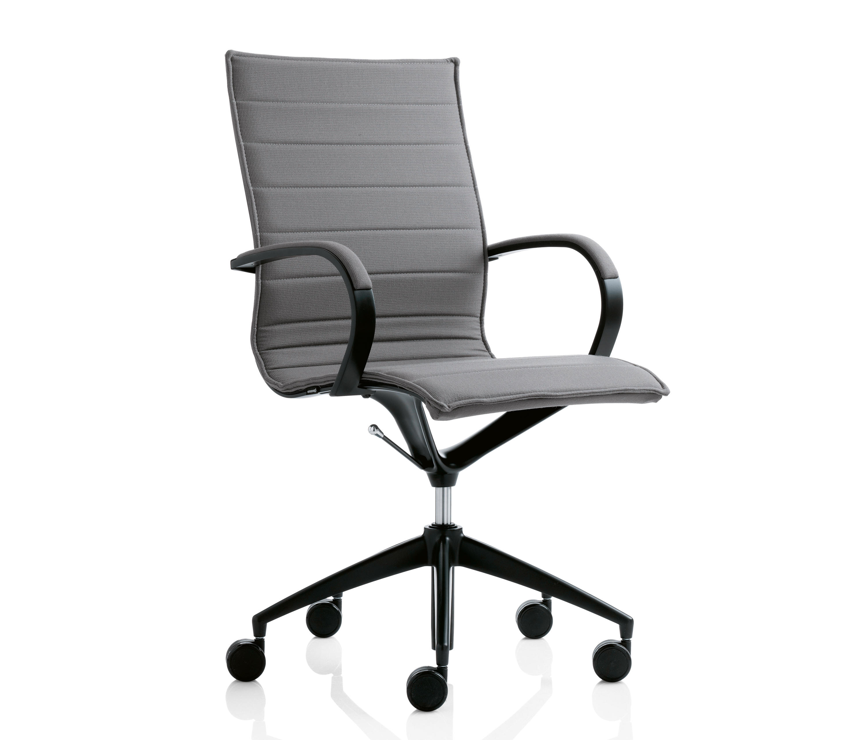 swivel chair em portugues the best massage 202 basic chairs from emmegi architonic
