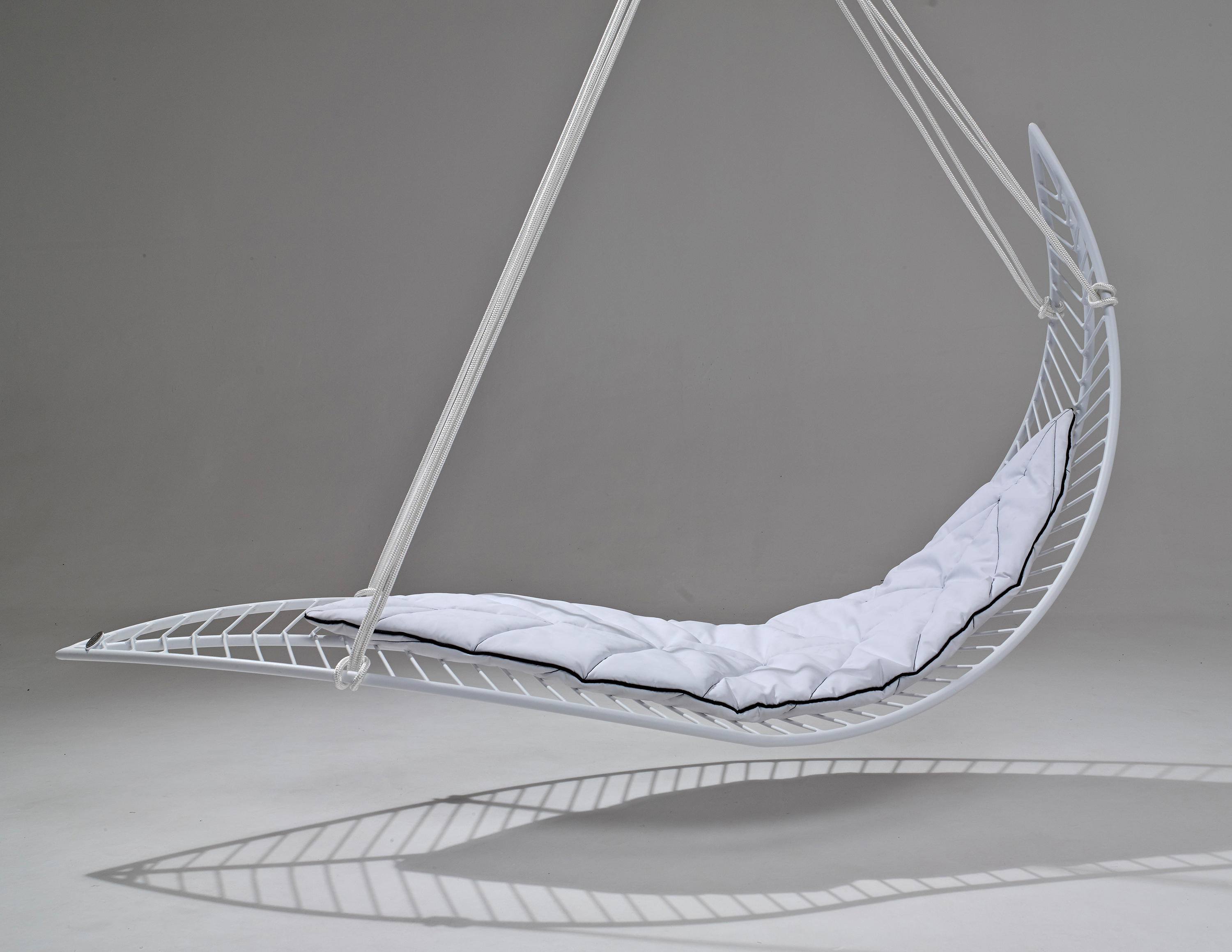 swing seat johannesburg fishing bed chair legs cushions and mats leaf mat from studio