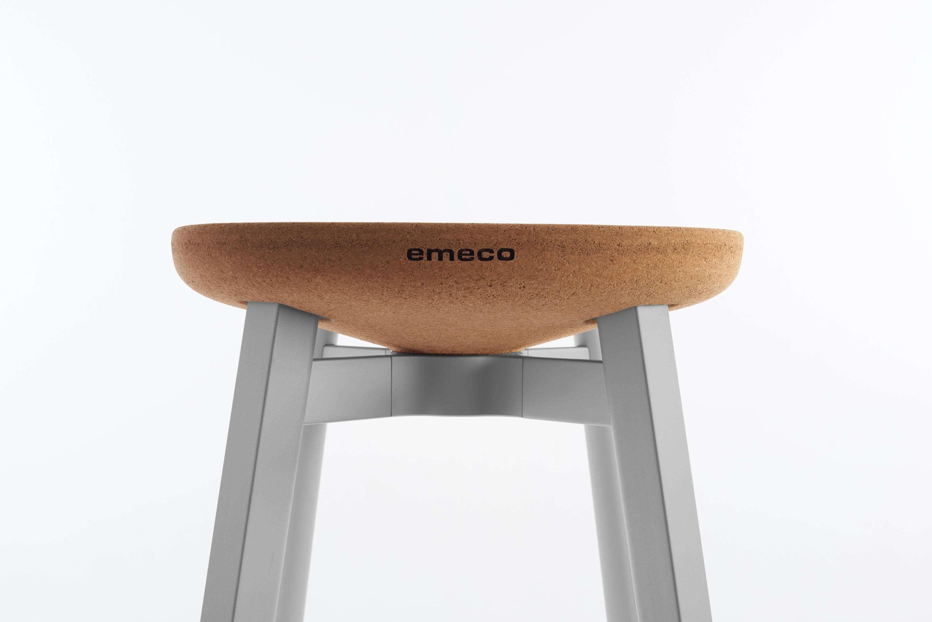 Small Stool Chair Emeco Su Small Stool Stools From Emeco Architonic