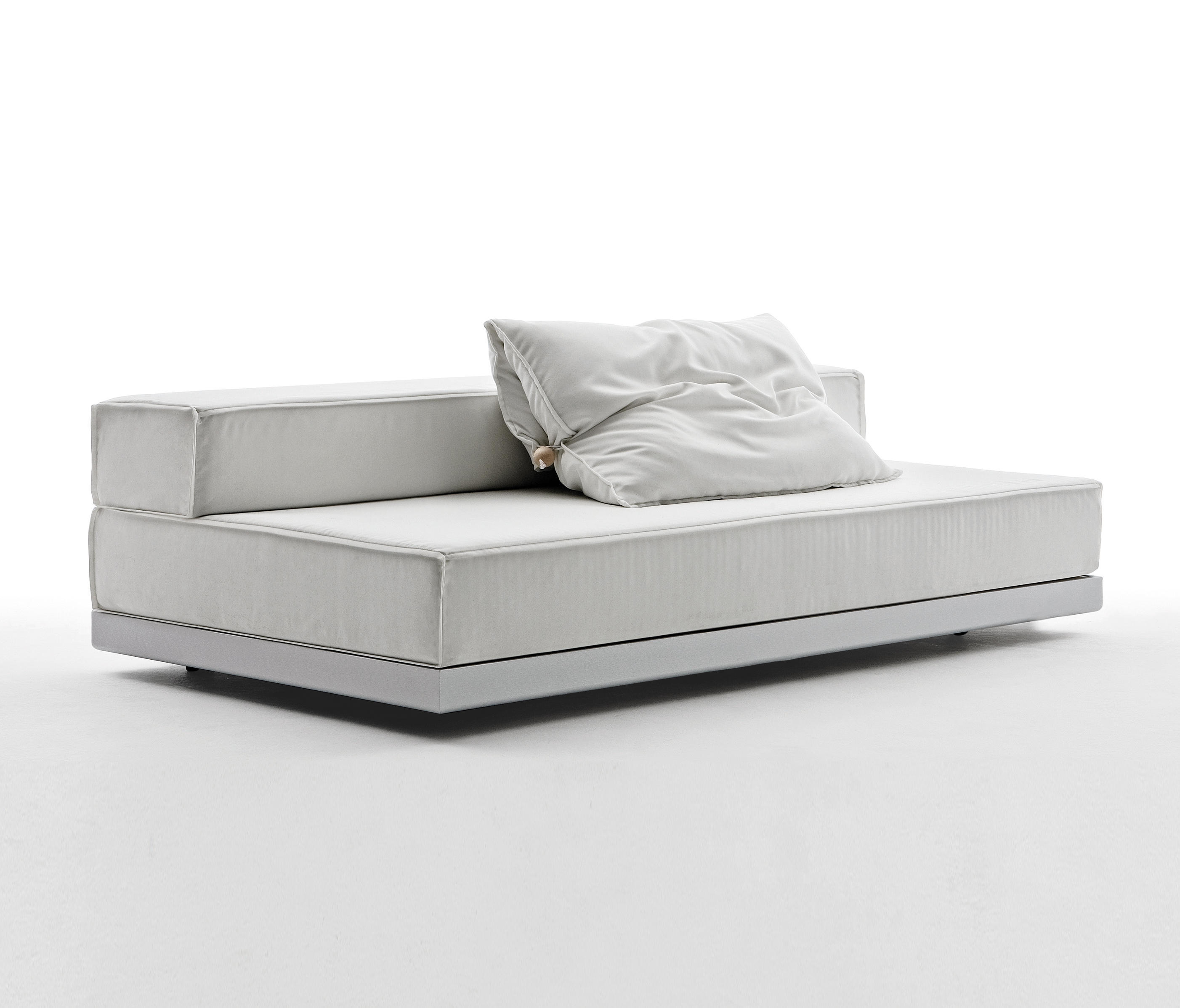 how do you say sofa cama in english la z boy sleeper beds and kali duo wall bed e saving furniture