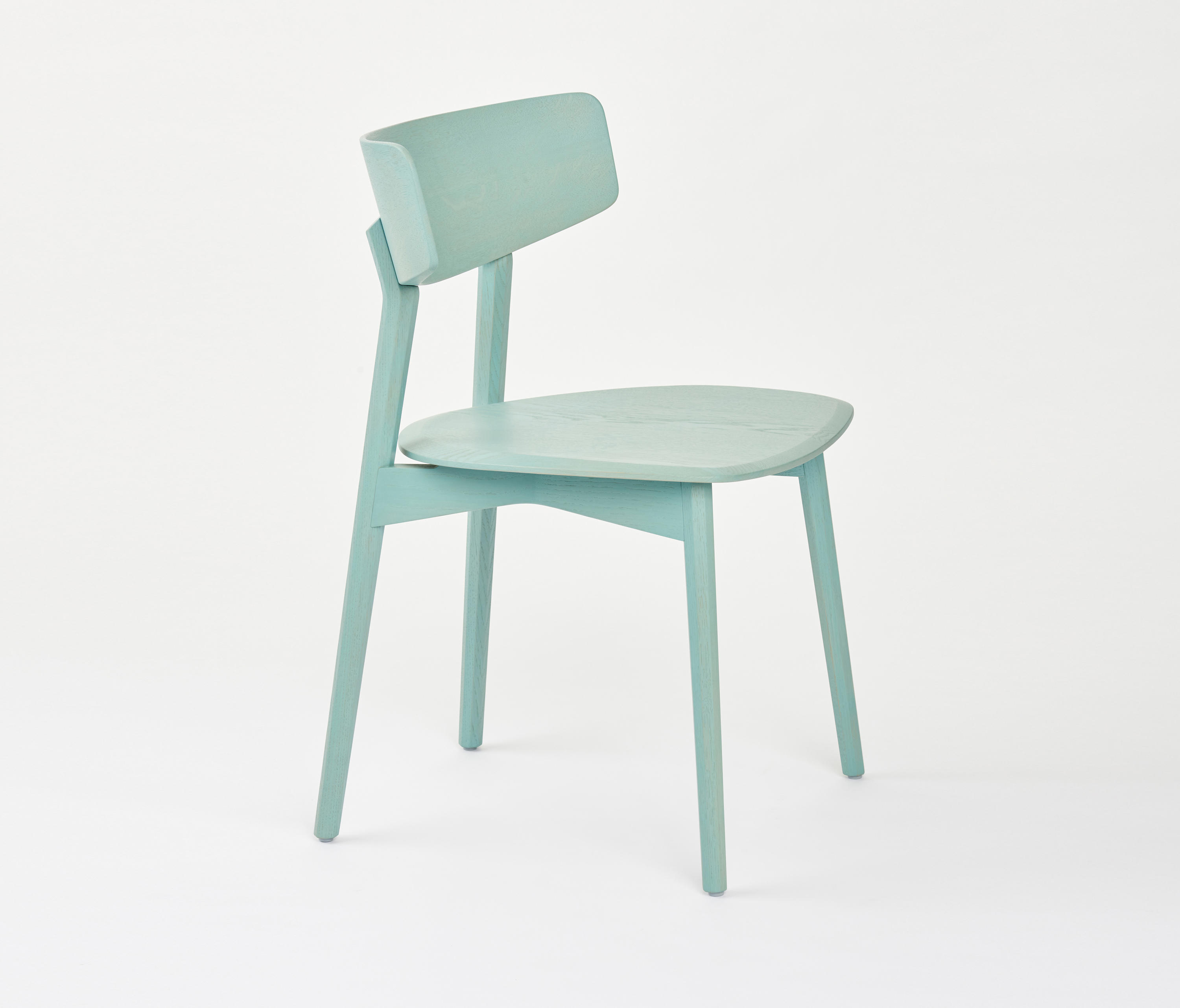 Aqua Dining Chairs Marlon Solid Wood Dining Chair Chairs From Axel Veit Architonic