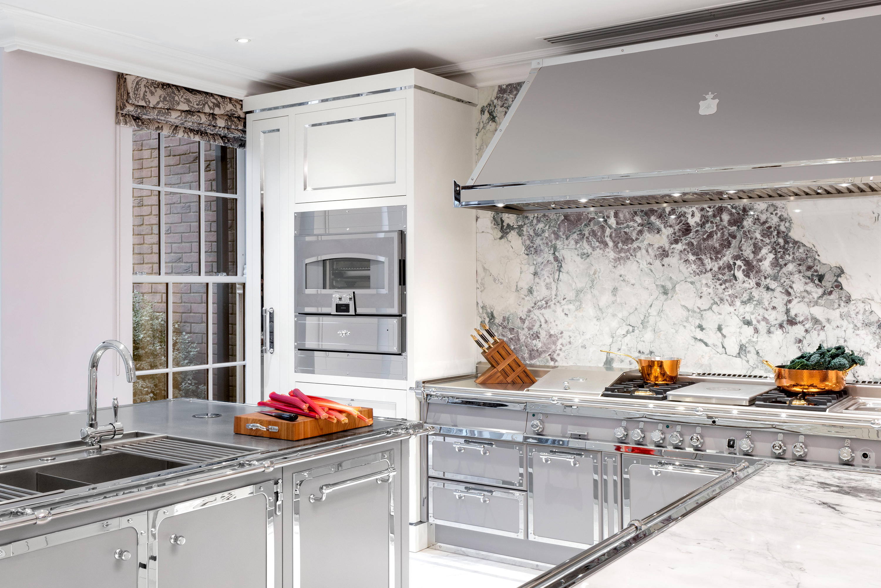SILVER GREY KITCHEN  Fitted kitchens from Officine Gullo