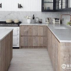 Kitchen Cabinets Update Ideas On A Budget Remodeling Pictures 现代厨房橱柜的想法为经典的外观 保驾护航装修网 对于一些独特的 高设计的厨房橱柜的想法 寻找质朴的厨房橱柜 质朴的橱柜与最新的电器和现代柜台和触摸并置创造了一个温暖而迷人的现代厨房空间