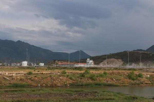Ngổn ngang san lấp ruộng, sông làm đô thị ở Nha Trang - ảnh 3