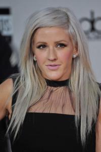 Frisurentrend: Graue Haare sind das neue Blond