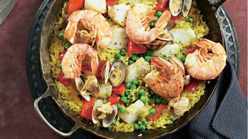 Paella mit Paprika und Riesengarnelen