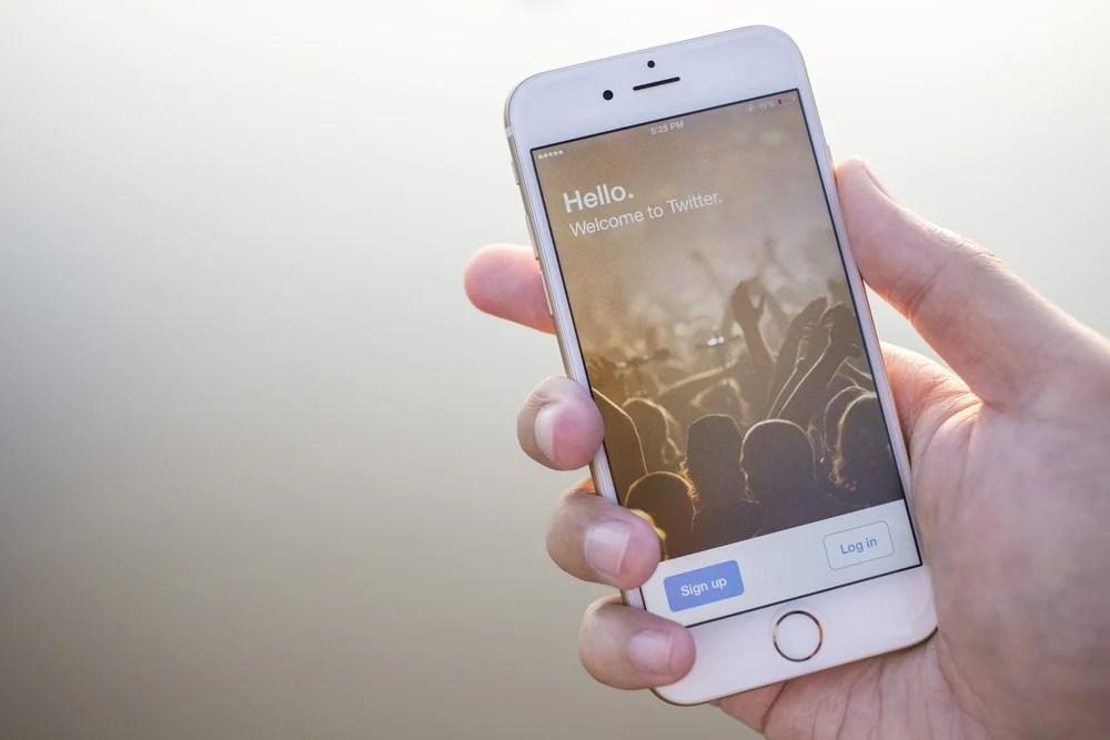 【轉會好嗎?】Apple舊機換新機優惠唔著數? 加碼接納Android舊機換新iPhone | BusinessFocus