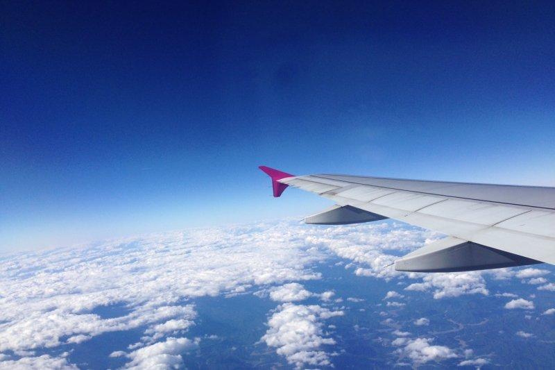 深夜出發清晨抵達的「紅眼班機」行程,讓你下飛機就生龍活虎的休息小祕訣!-風傳媒