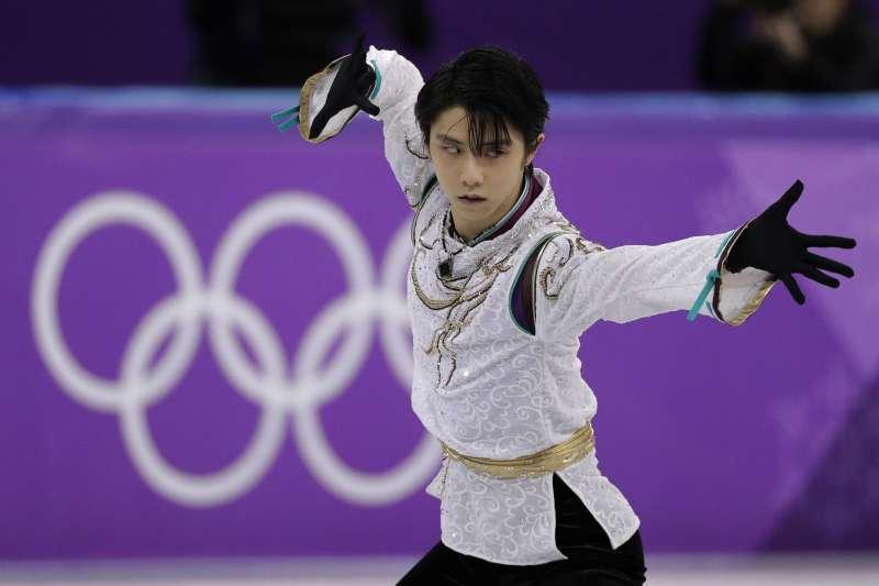 日本滑冰王子羽生结弦在花滑大奖赛夺冠。(美联社)