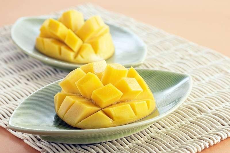 被奉為消暑聖品芒果,真的有「毒」嗎?中醫師一次解開所有謠言:這3種人最好少吃為妙-風傳媒