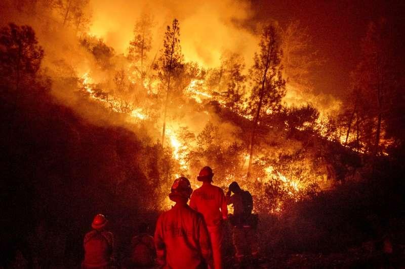 親歷美國加州史上最大山火—拿命與自然搏鬥的人-風傳媒