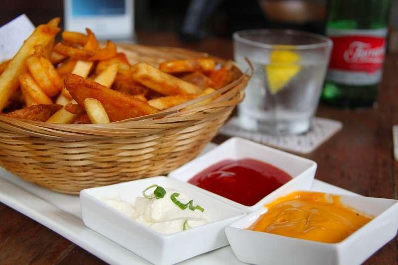 吃洋芋片、薯條沾這種醬。竟能愈吃愈瘦?營養師道出背後原理-風傳媒