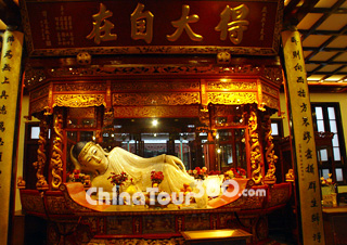 Shanghai Jade Buddha Temple - ChinaTour360.com