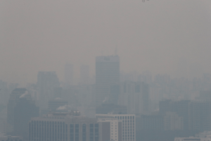 13 일간 낮 13 도의 온기… 전국 미세 먼지 타기