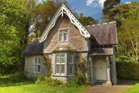 Architects offer Irish cottage-style home plans ...
