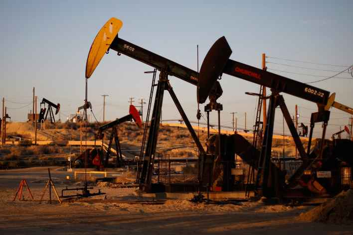 oil prices likely to continue to struggle in q4 as demand lags and economic data fluctuates