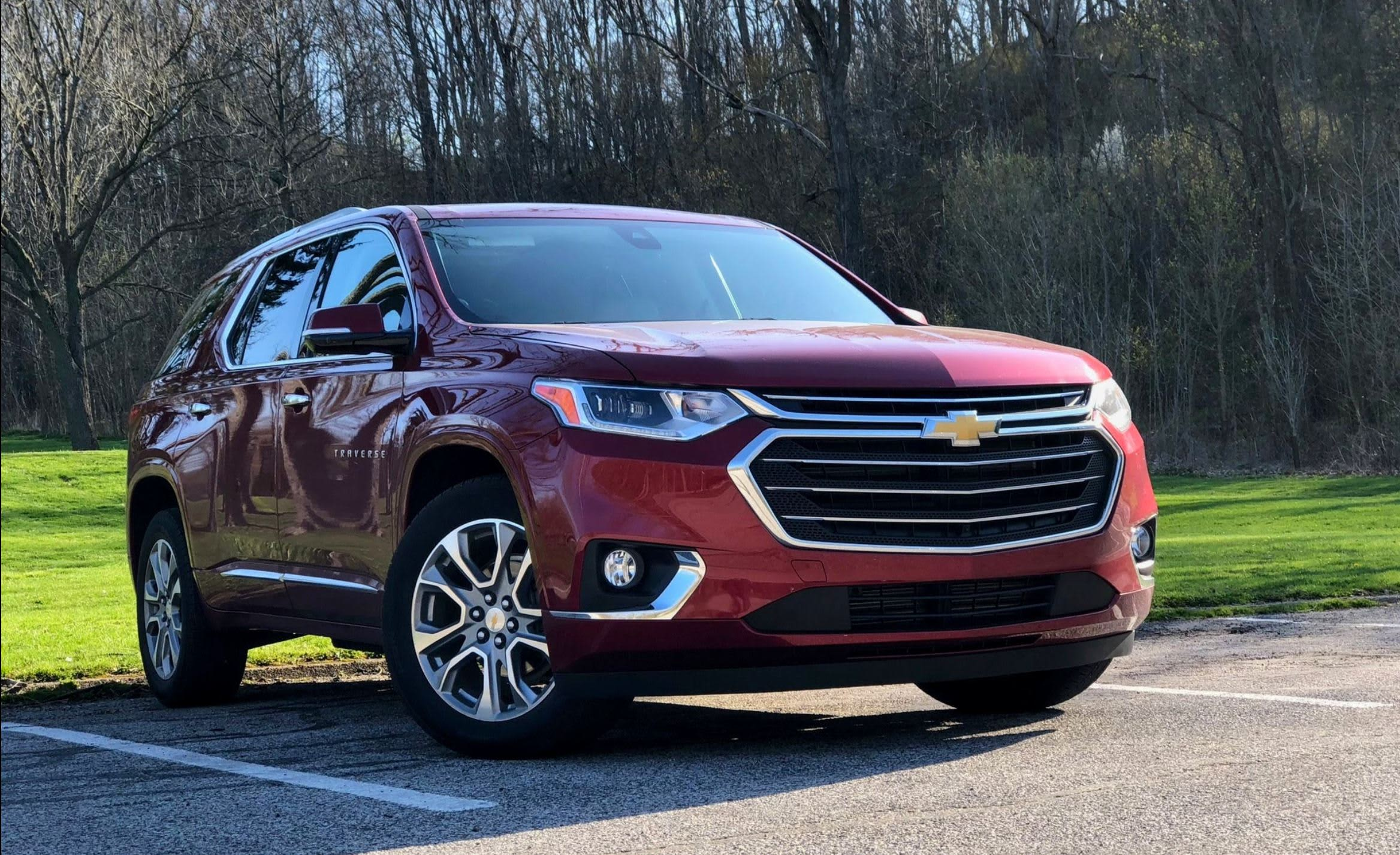 the 2018 chevy traverse is the best family crossover you can buy [ 2336 x 1427 Pixel ]