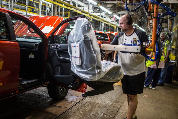 Ford to expand profitable truck lineup with new small Maverick pickup