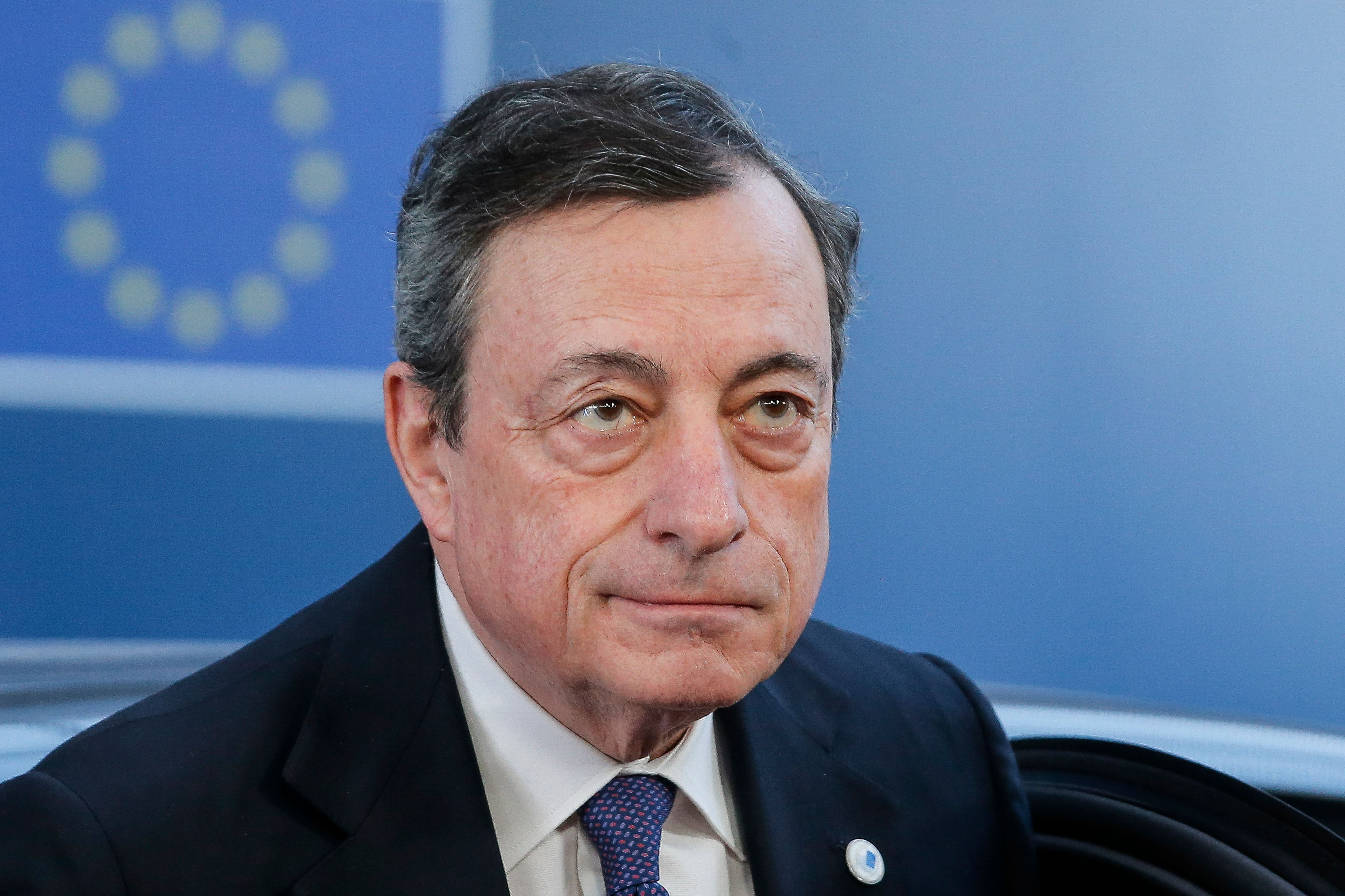 Photo of Earnings and ECB coverage assembly in focus