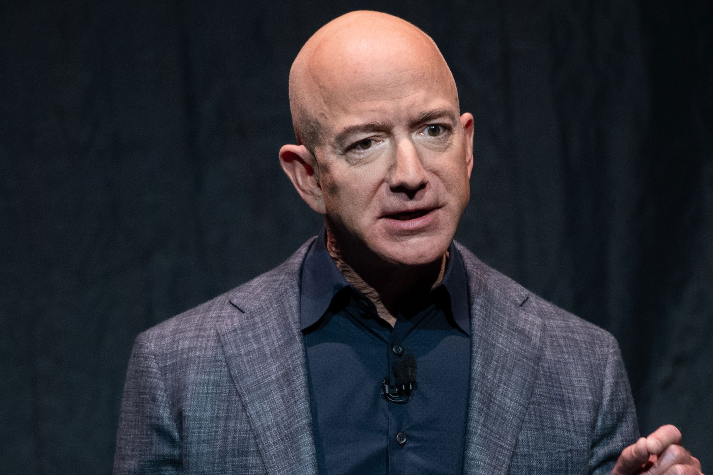 Jeff Bezos Re Mars Speech Disrupted By Protester Pushes