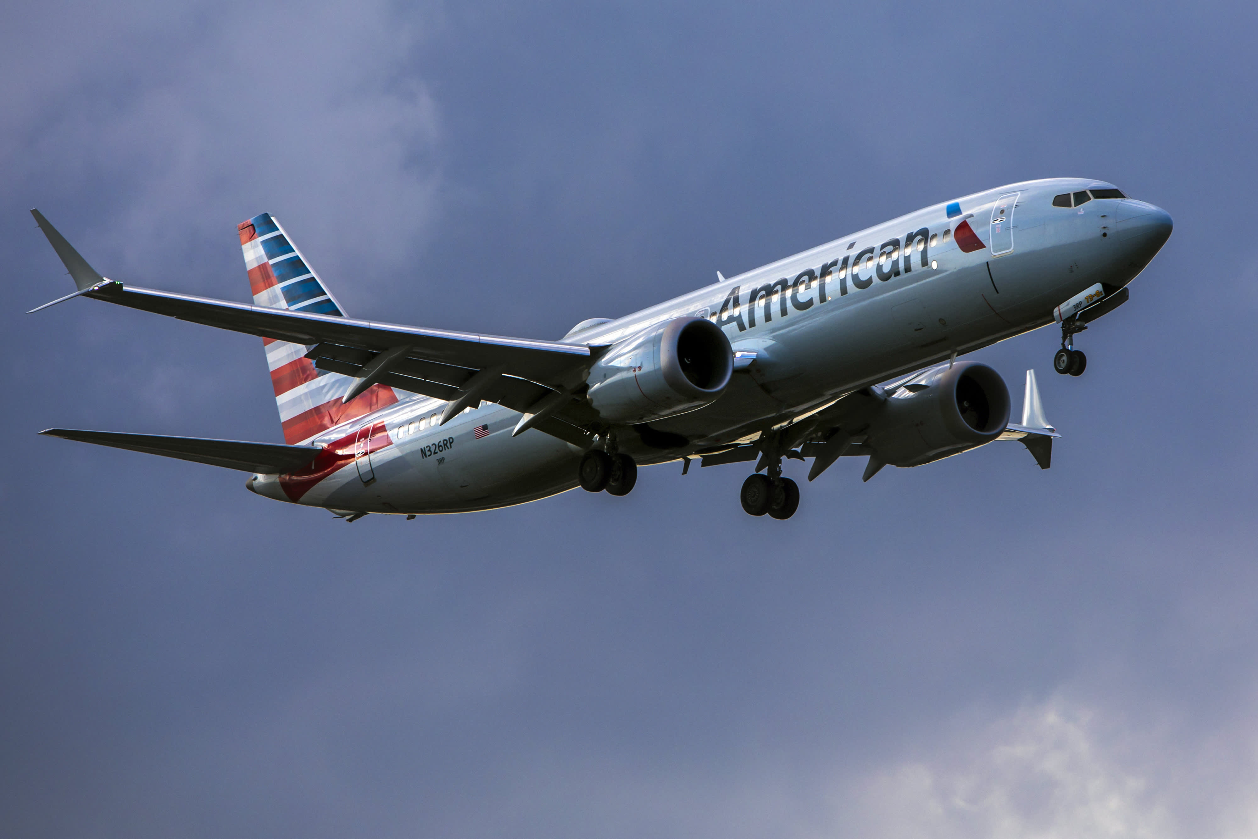 GP: American Airlines Boeing 737 MAX-8