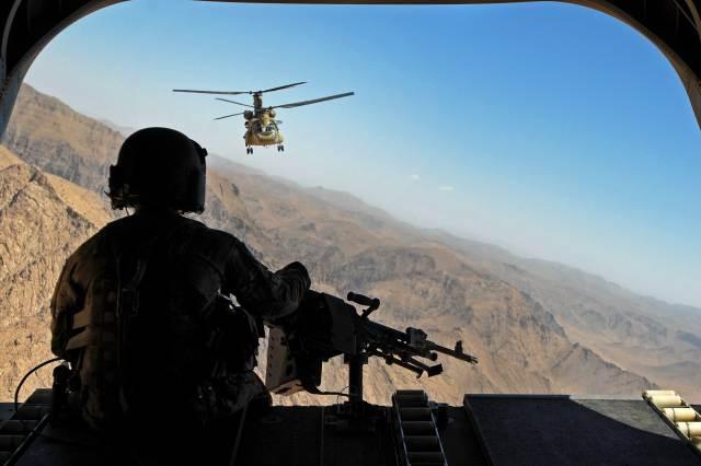 HO: Afghanistan CH-47 aerial