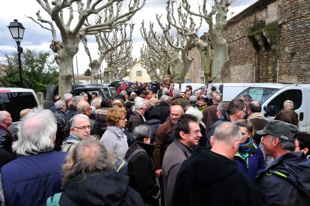 Richerenches truffle market.