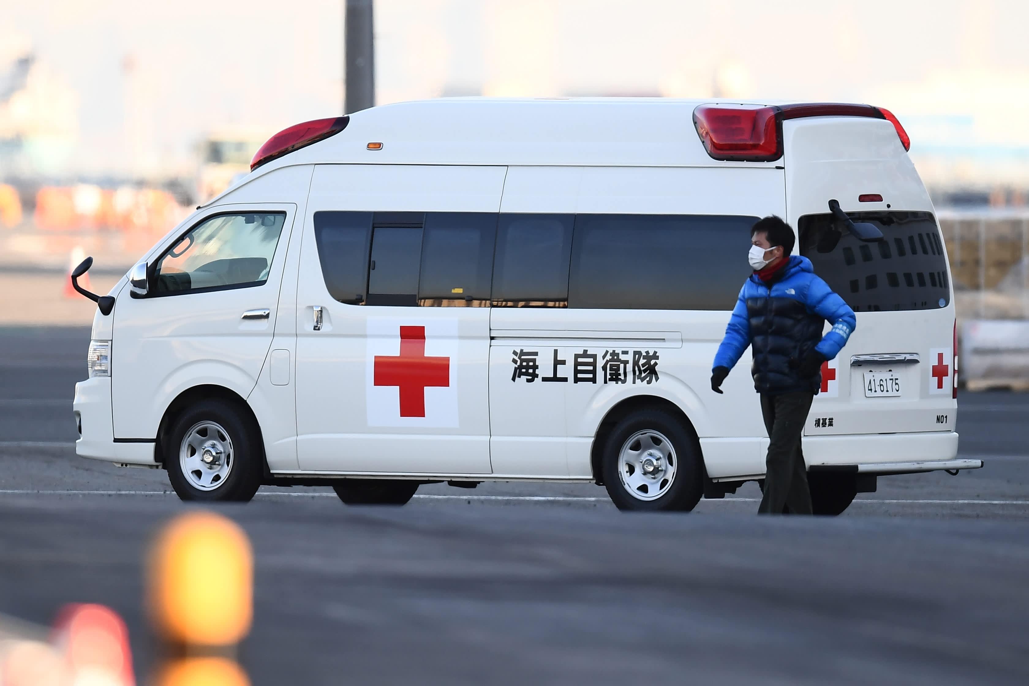 Coronavirus Live Updates China S Death Toll Exceeds 1 000