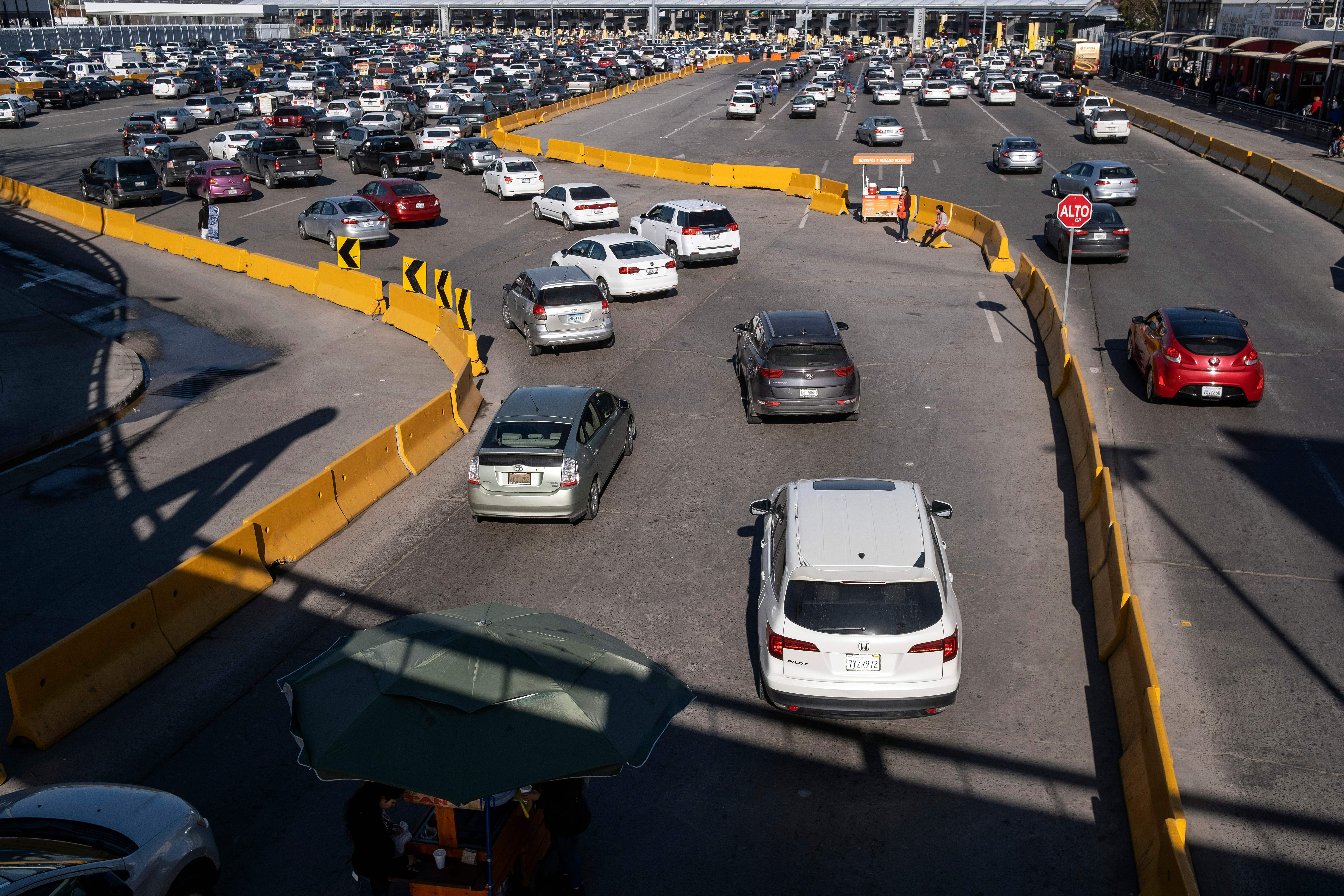 Trump considers travel restrictions at Mexican border over coronavirus