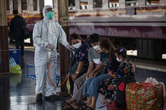 Confusion as Thailand tourists get mixed messages on travel ...