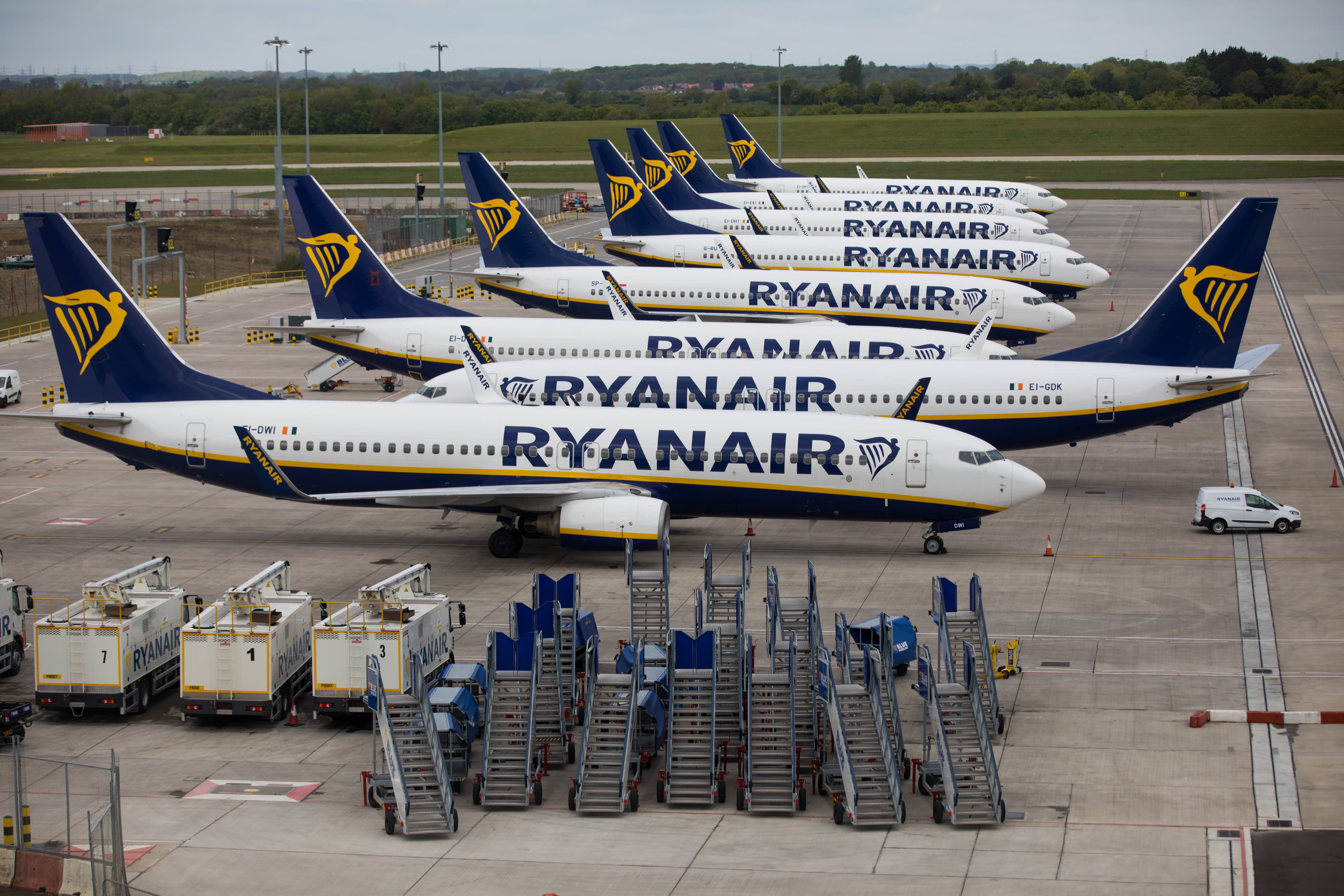 Ryanair CEO Michael O'Leary blasts government lockdowns as traffic falls 80%