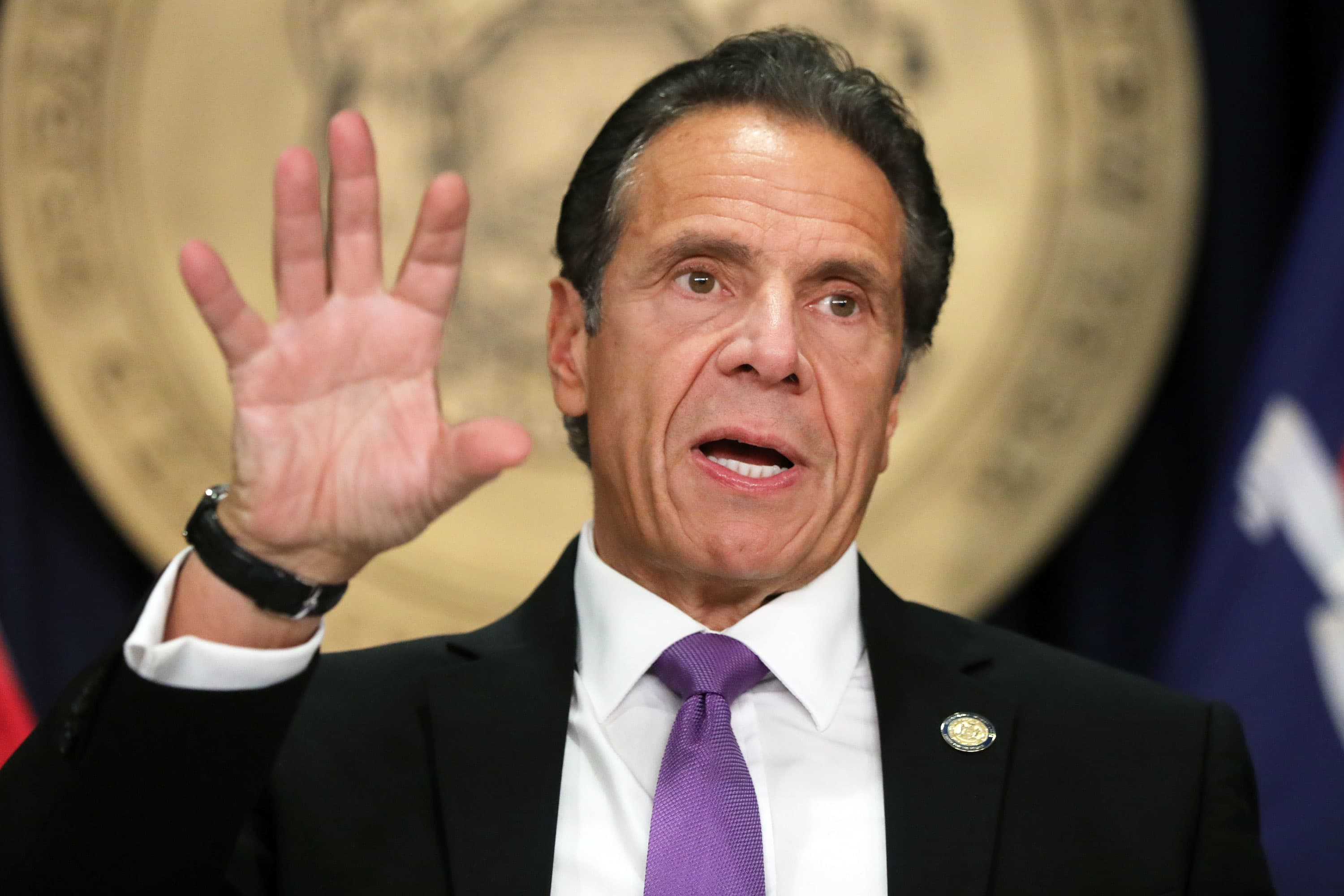 New York Gov. Cuomo ends coronavirus quarantine list, requires travelers to get tested instead