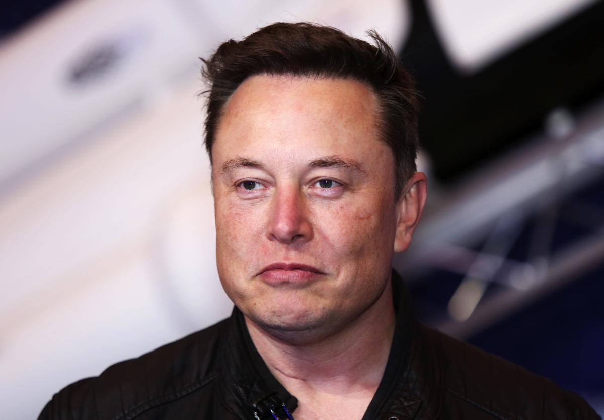 Elon Musk, founder of SpaceX and chief executive officer of Tesla Inc., arrives at the Axel Springer Award ceremony in Berlin, Germany, on Tuesday, Dec. 1, 2020.