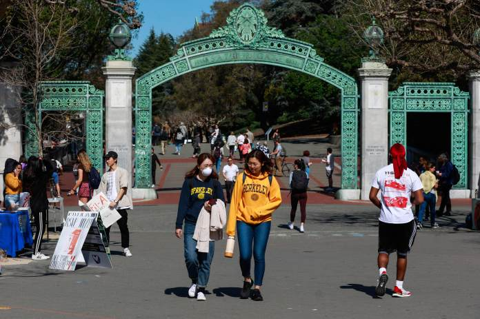 California's Cal State and UC to require Covid vaccinations for the fall semester   Latest News Live   Find the all top headlines, breaking news for free online April 23, 2021