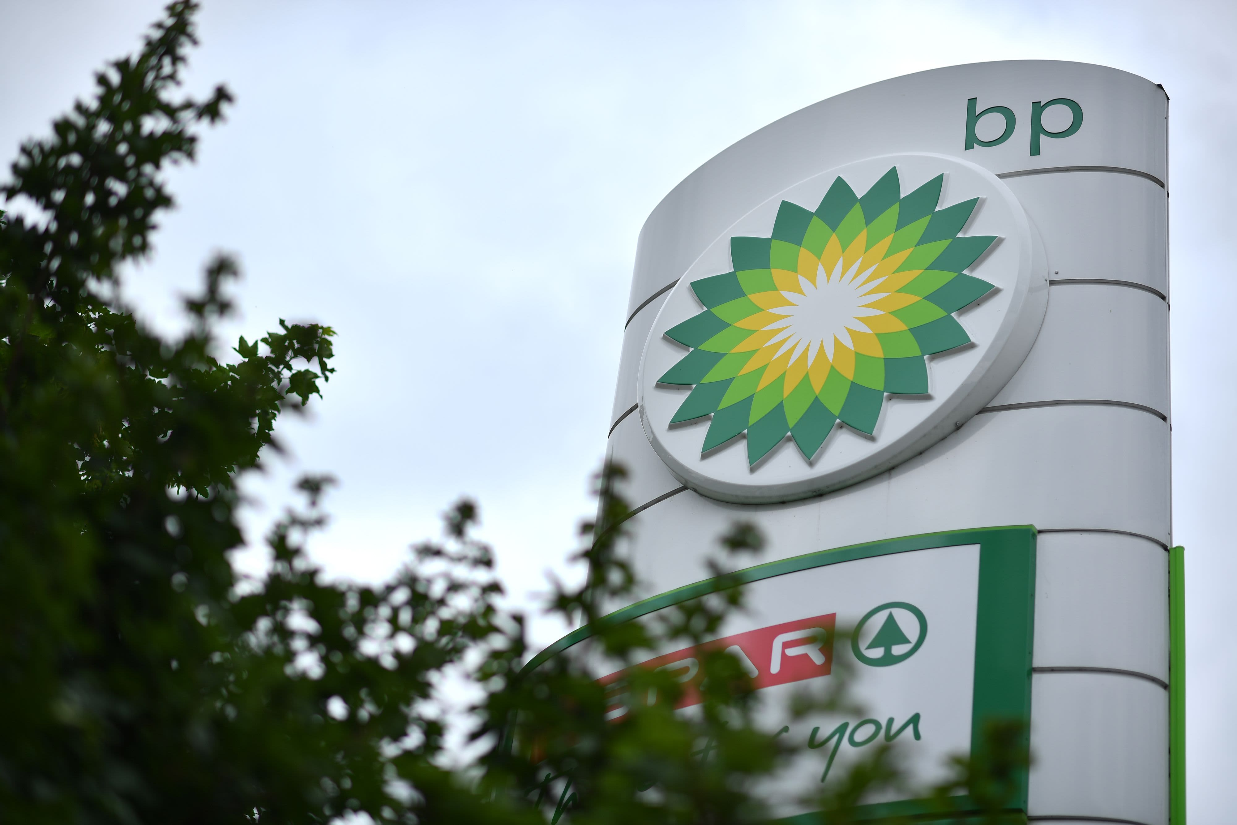 BP beats first-quarter estimates on stronger commodity prices; plans to resume share buybacks
