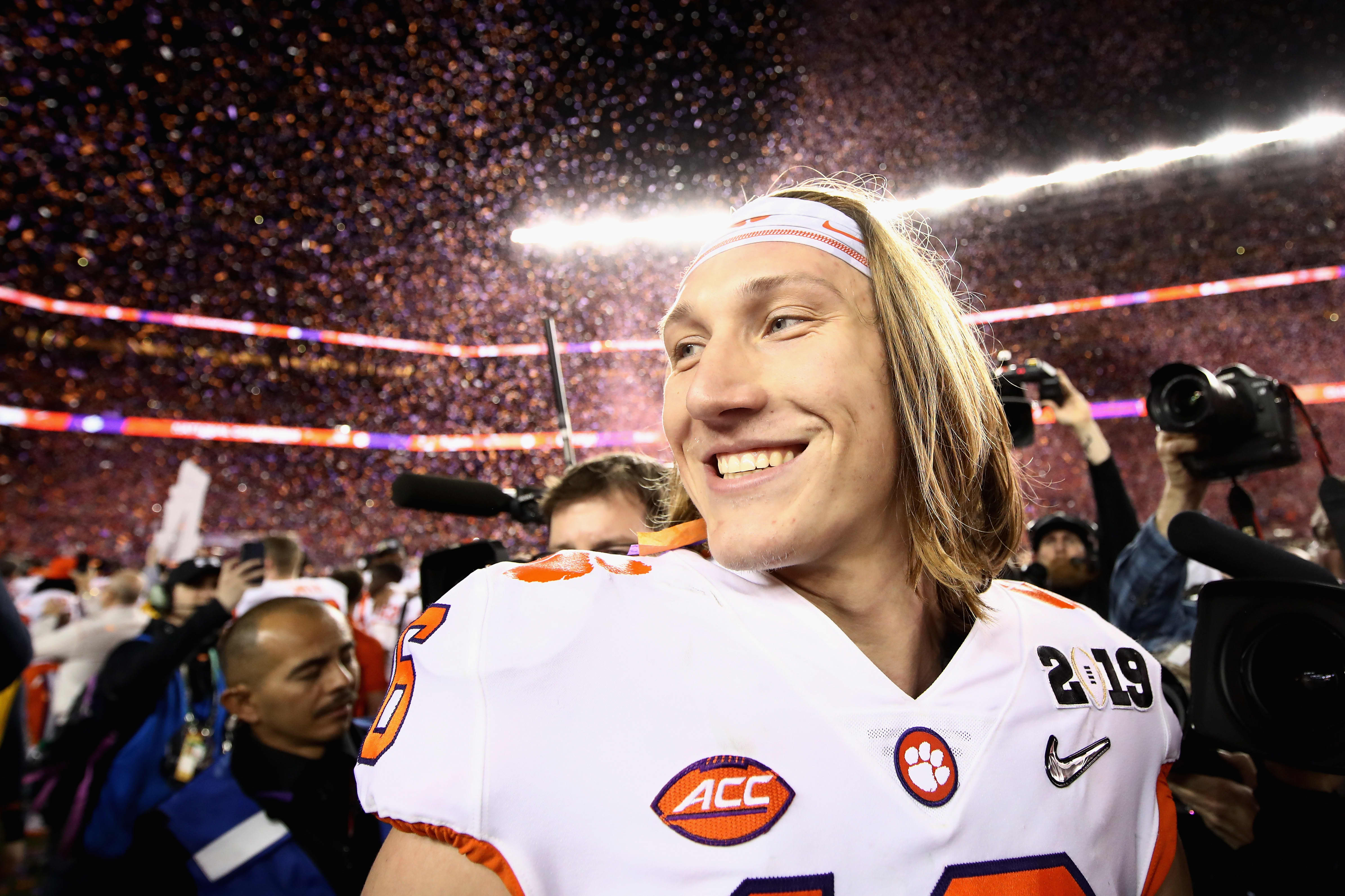 Trevor Lawrence reaches multiyear deal with Fanatics over memorabilia rights