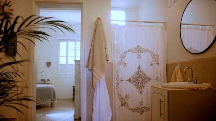 "The ""Jack & Jill"" bathroom is bright and pretty."