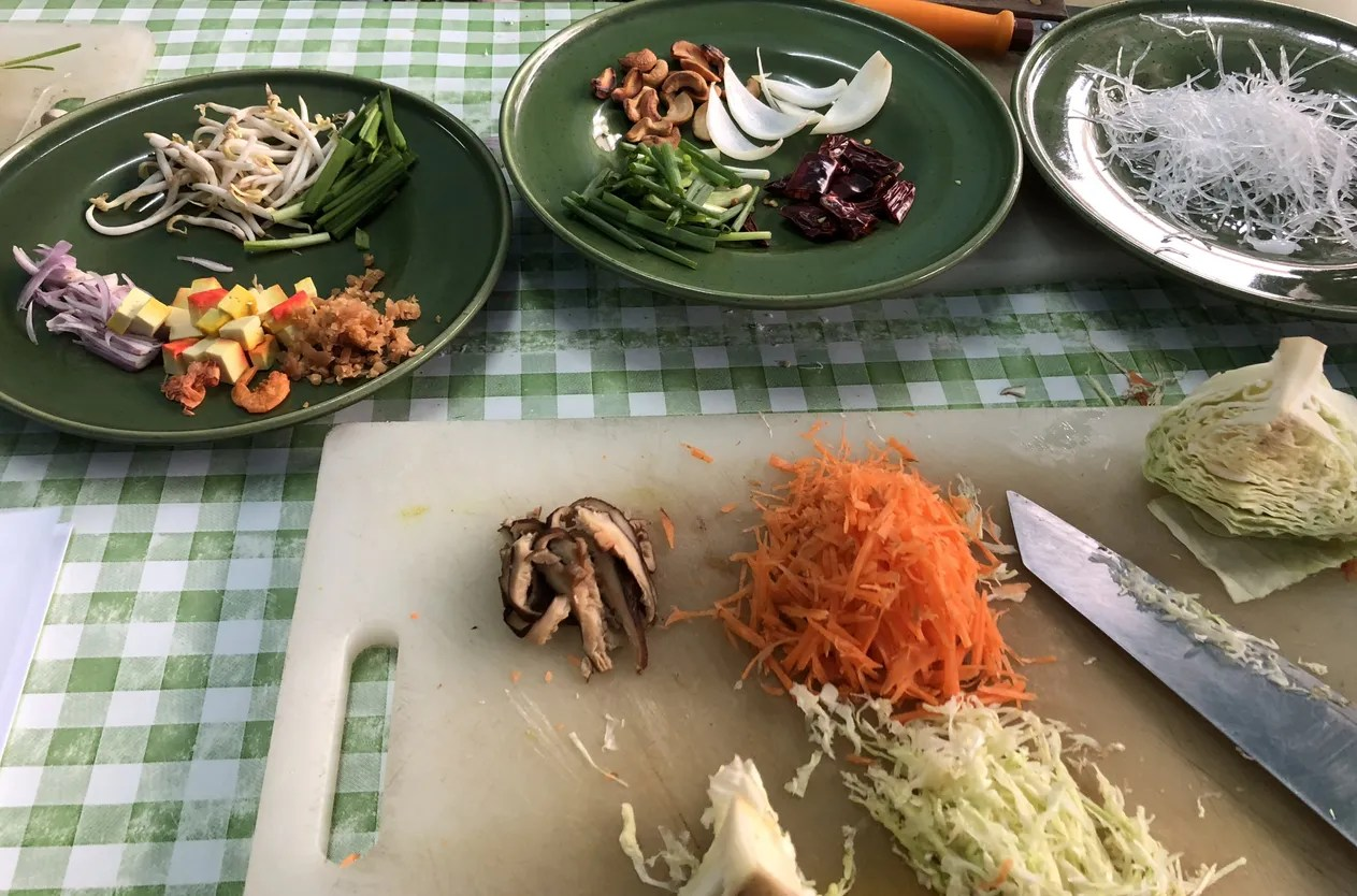6料理料理体験&カオサンでの地元市場ツアー