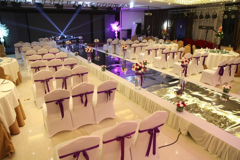 chair covers for rent in trinidad rocking and a half universal white polyester stretch wedding weddings ottoman slipcovers can be used chairs not to regularly avoid dust also dining sale applied special