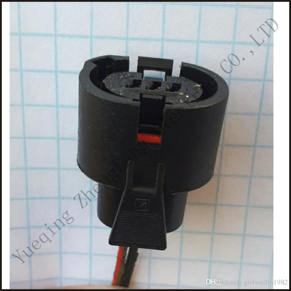 medium resolution of amp 757533 011 wire connector female cable connector male terminal terminals 2 pin connector