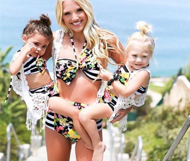Mom Girl Swimming Suit Mother Daughter Striped Bikini Swim Wear Mom Kids Flower Matching Swimwear Family