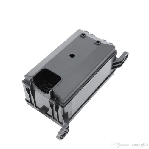 small resolution of  6 ways auto fuse box assembly with 12v 4pin 40a 5pin 24v 40a relay and