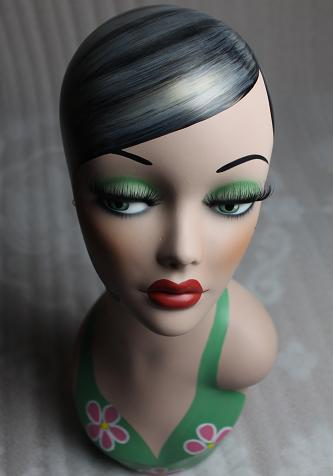 Fiberglass Female Hand Painted Mannequin Head For Jewelry