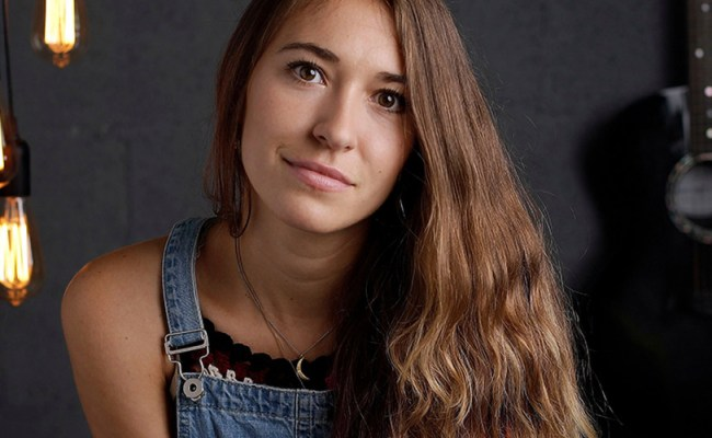 Lauren Daigle Brings The Gift Of Music To New Orleans