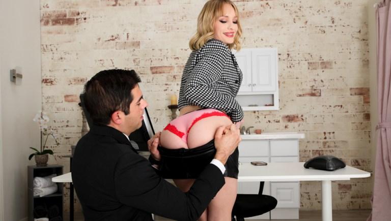 Office ASS-istants - Daisy Stone & Jon Rogue