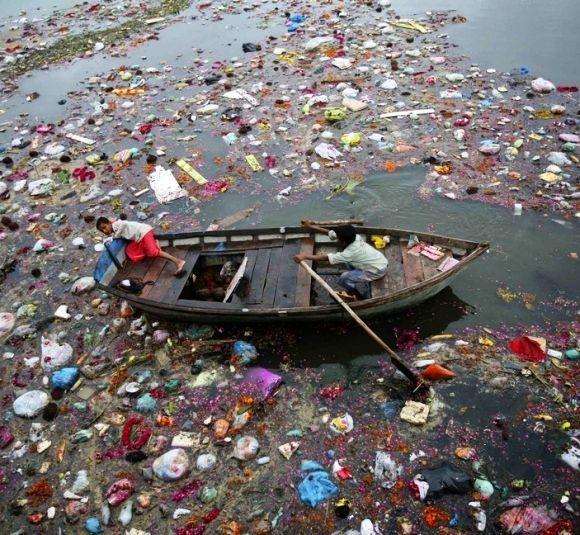 31polluted-cities1.jpg (혐) 인도인들의 성수 겐지스 강 실태.jpg
