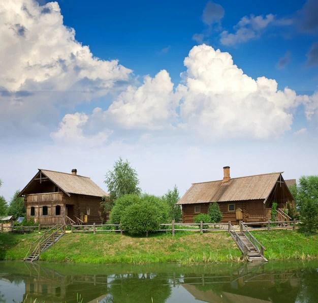 Estate dal paesaggio rurale  Scaricare foto gratis