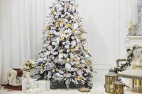 Christmas tree in living room Photo | Free Download